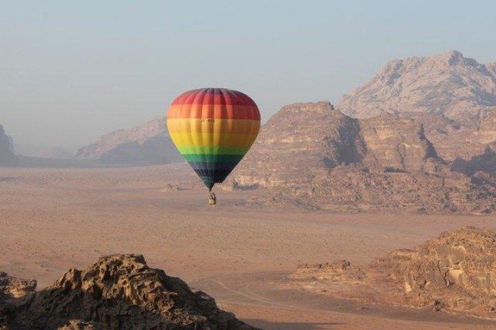 Hot Air Balloon in Wadi Rum