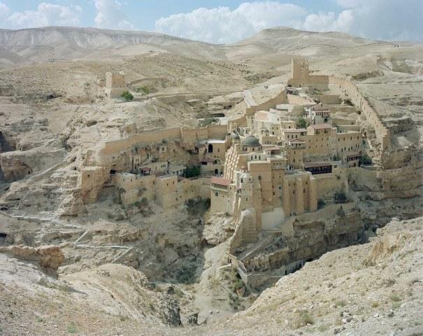 Hebron 2 sides